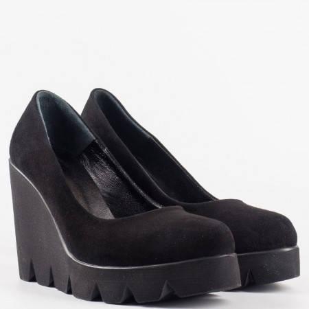 Дамски ежедневни обувки от изцяло естествен велур и кожа в черен цвят n215vch