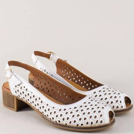 Бели дамски обувки от естествена кожа с перфорация на среден ток n323b