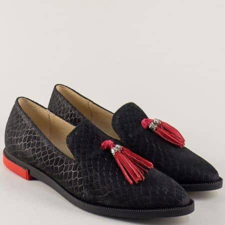 Дамски обувки с червен пискюл от черен естествен велур n792vch