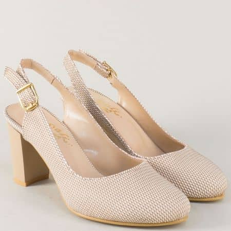 Елегантни дамски обувки в бежаво на висок стабилен ток n88bj
