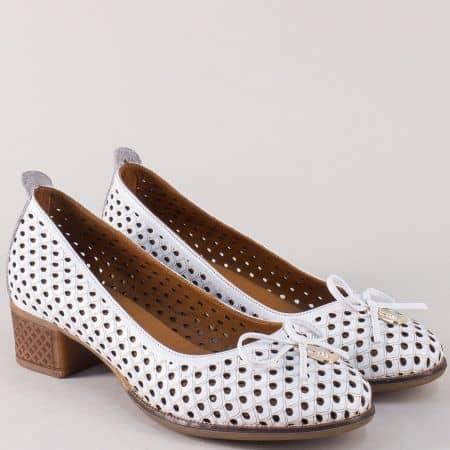 Бели дамски обувки на среден ток от естествена кожа  nn21b