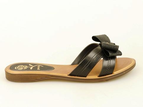 Дамски чехли на равно ходило с красива панделка 8054321150