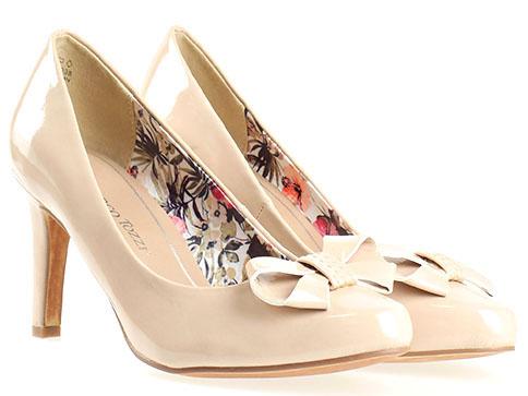 Немски обувки на висок ток Marco Tozzi, изработени от висококачествен бежов еко  лак 222404lbj