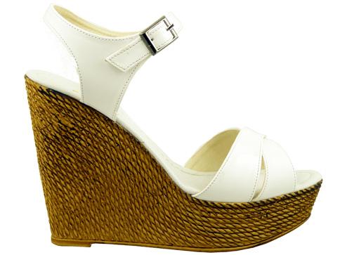 Стилни дамски сандали на висока и комфортна платформа 55lb