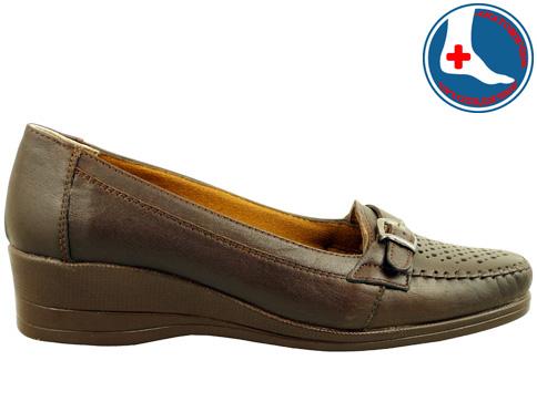 Анатомични дамски обувки, тип мокасина от естествена кожа с нежна перфорация 142kk