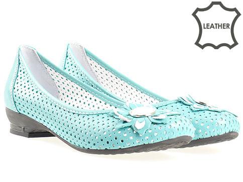 Меки и удобни дамски обувки на дупки с комфортно ходило, изработени от естествена кожав зелен цвят n280z