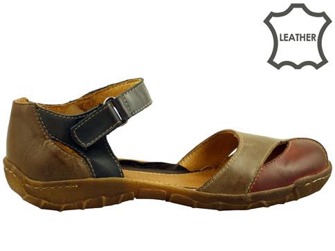 Равни дамски сандали на каучуково ходило, изработени от естествена кожа 1450k
