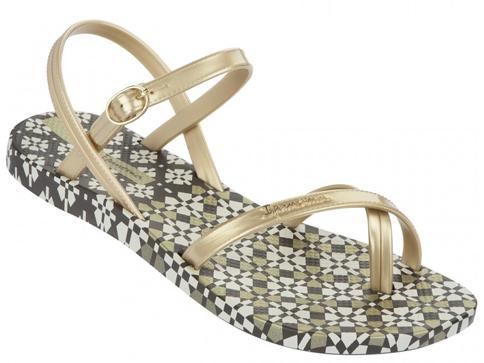 Модерни и комфортни дамски сандали Ipanema в златен цвят  8147421053