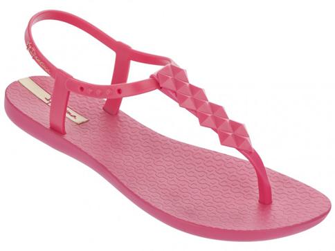 Модерни и комфортни  дамски сандали на световноизвестната бразилска марка Ipanema, изпълнени в розов цвят 8145822619
