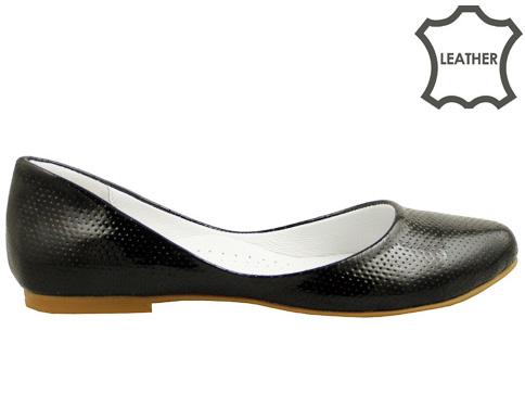 Равни дамски пантофки с нежна перфорация, изработени от естествена кожа 10112337lch