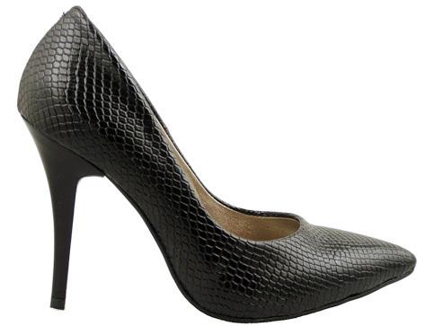 Елегантни обувки със заострена визия 423zch
