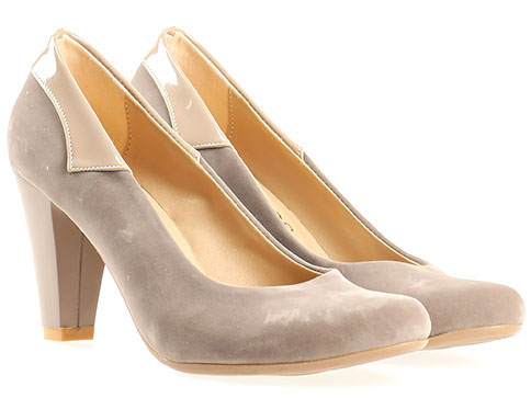 Стилни дамски обувки с окръглена визия и декоративни лачени детайли, изпълнени в неутрален сив цвят 1136vsv
