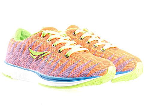 Меки и удобни дамски маратонки Runners, изпълнени в модерна и свежа цветова гама 1327838-40o