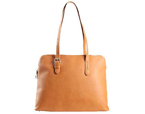 Дамска чанта с изчистен френски дизайн, изработена от еко кожа в кафяв цвят cm8035akk