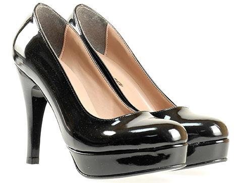Лачени дамски обувки в черен цвят 17lch
