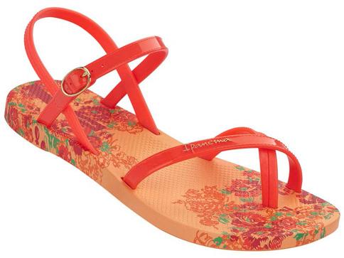 Иновативни и модерни бразилски дамски сандали Ipanema 8119323278