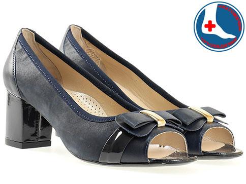 Дамски обувки на комфортно ортопедично ходило с ефектна панделка от естествена кожа  z1512s