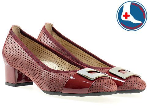 Дамски обувки от изцяло естествена кожа с ортопедична стелка и метален орнамент  z7099bd
