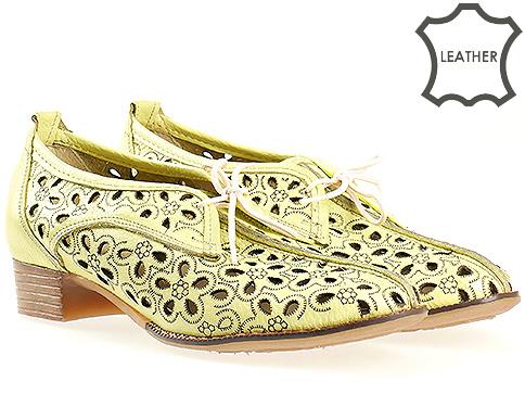Ежедневни дамски обувки с перфорация и връзки 1708j