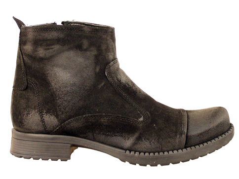 Мъжки боти с цип, изработени от черен естествен набук с така актуалния за сезона  m1600vch