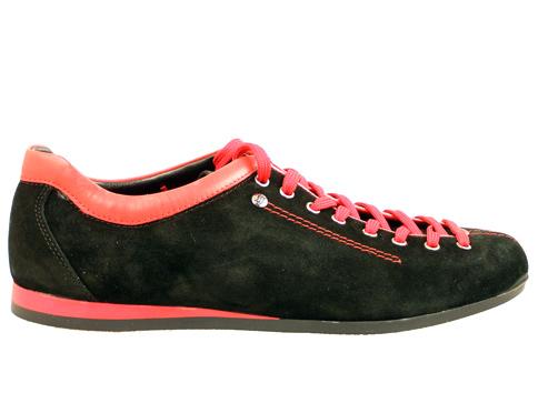 Атрактивни спортни мъжки обувки с червени връзки, изработени от естествен велур 22111vch