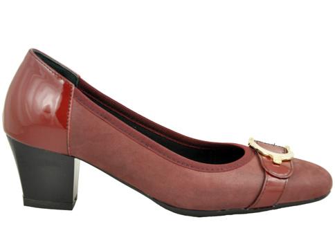 Дамски обувки на среден ток Naturelle с интересна метална тока z7602bd