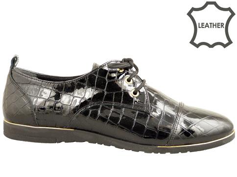 Равни дамски обувки, изработени от естествен кроко лак 605234klch