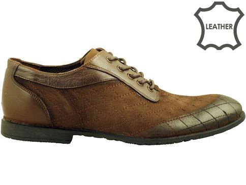 Иновативен модел мъжки обувки с множество декоративни шевове, изработени от тъмно кафяв набук 2907nkk
