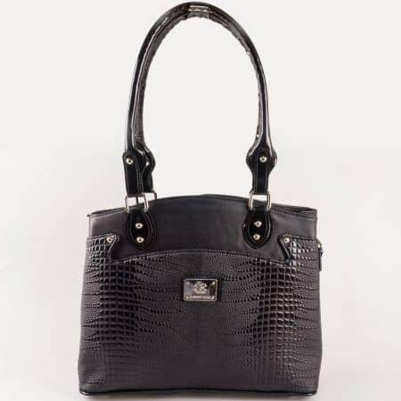Дамска чанта за всеки ден с атрактивна визия на български производител в черен цвят s1177krch