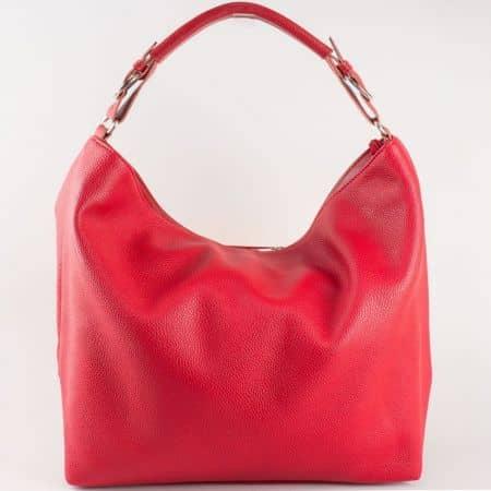 Дамска червена чанта със изчистена, семпла визия на български производител  s1187chv