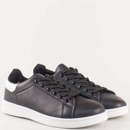 Спортни дамски обувки от еко кожа в черно и бяло s349ch