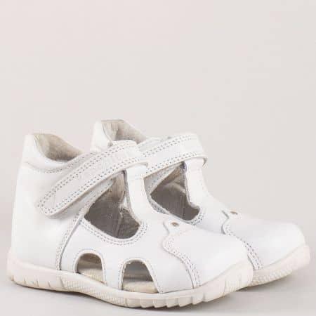 Детски бели обувки с лепка и прорези от естествена кожа изцяло- български производител s34b