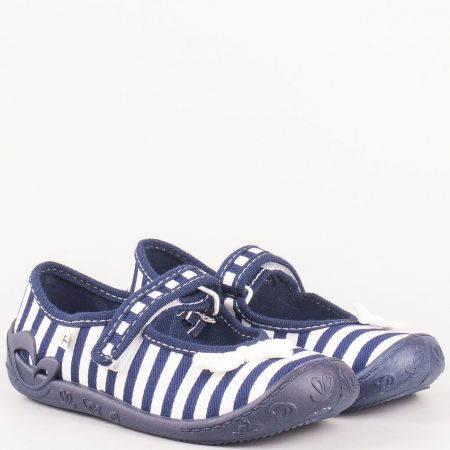 Детски обувки с панделка в синьо- бяло райе с лепка на български производител с кожена мемори стелка fortuna2