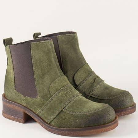 Зелени дамски боти от естествен велур на нисък ток t22016vz