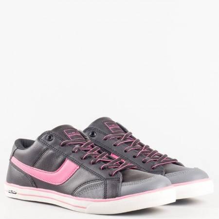 Дамски спортни обувки тип маратонки на марката Bulldozer в черен цвят v3130-40ck