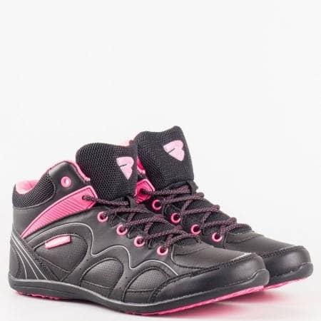 Спортни черни дамски обувки тип кец с връзки и комфортно ходило с марка  Bulldozer v52001-40ch