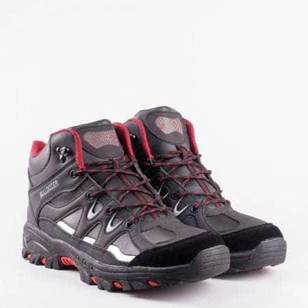Туристически мъжки  обувки на утвърдената на българския пазар марка  Bulldozer v52065-45chchv