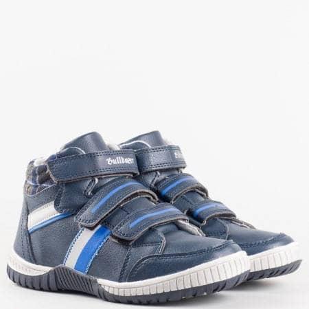 Детски маратонки в синьо с три велкро лепенки на равно удобно ходило на фирмата Bulldozer  v52125-35s