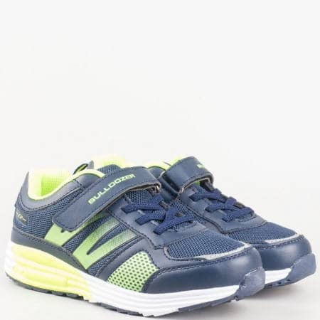 Детски спортни маратонки с велкро лепенка и връзки на удобно ходило в тъмно син и зелен цвят v61088-35s