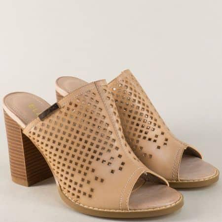 Дамски чехли в бежов цвят на стабилен и удобен висок ток wj23bj