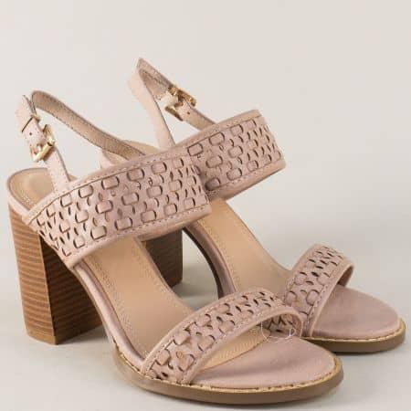 Дамски сандали на комфортен висок ток в бежов цвят wj9bj