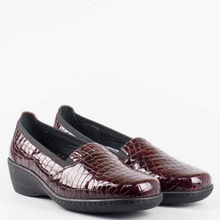 Eжедневна удобна обувка от 100% естествена кожа с ортопедична кожена стелка в цвят бордо z1114krbd