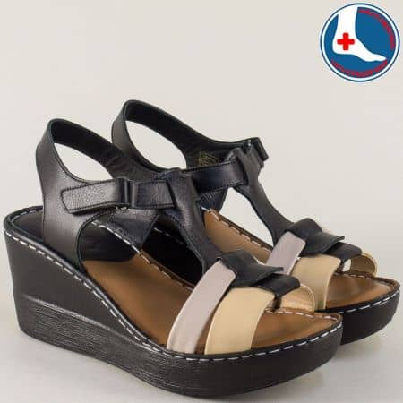 Дамски сандали на платформа в черно, розово и бежово z250317ch