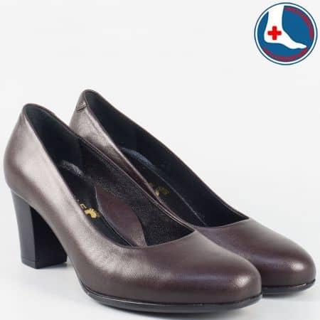 Кожени дамски обувки на среден ток- Naturelle в цвят бордо z631502bd