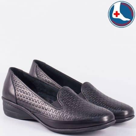 Ортопедични дамски обувки от черна естествена кожа- Naturelle на нисък ток zk03ch