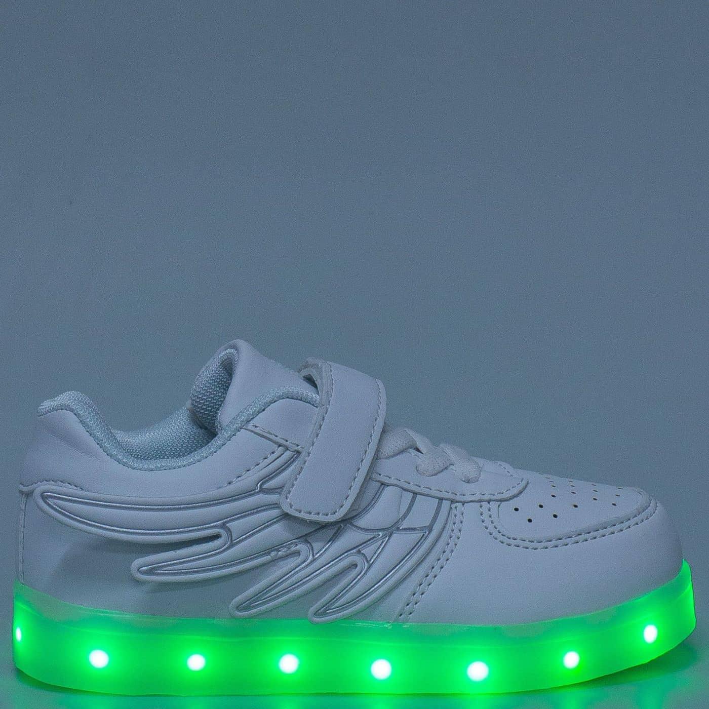 019d653952e Светещи детски обувки в бяло с връзки и лепка 1199-35b - Sisi-bg.com