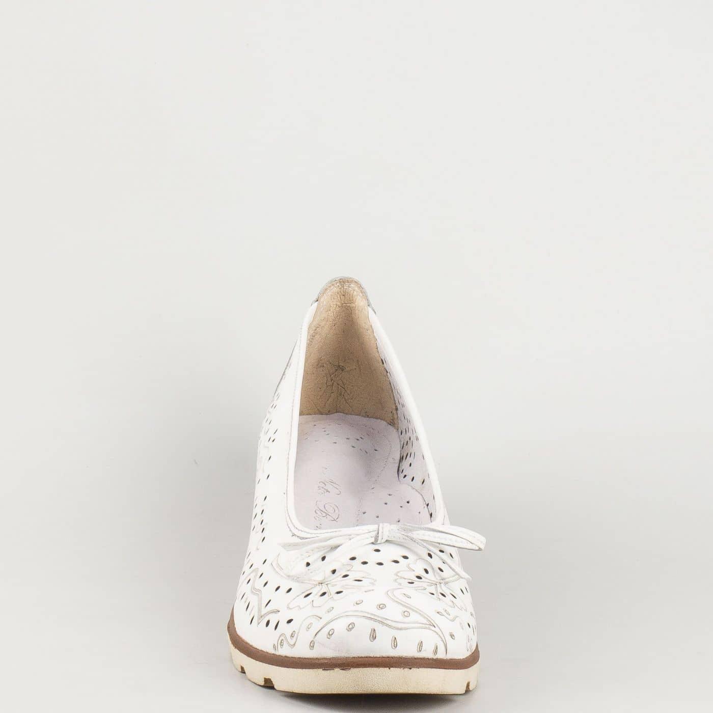 026dedb3c3d Комфортни бели дамски обувки Nota Bene от естествена кожа с перфорация  16233933b