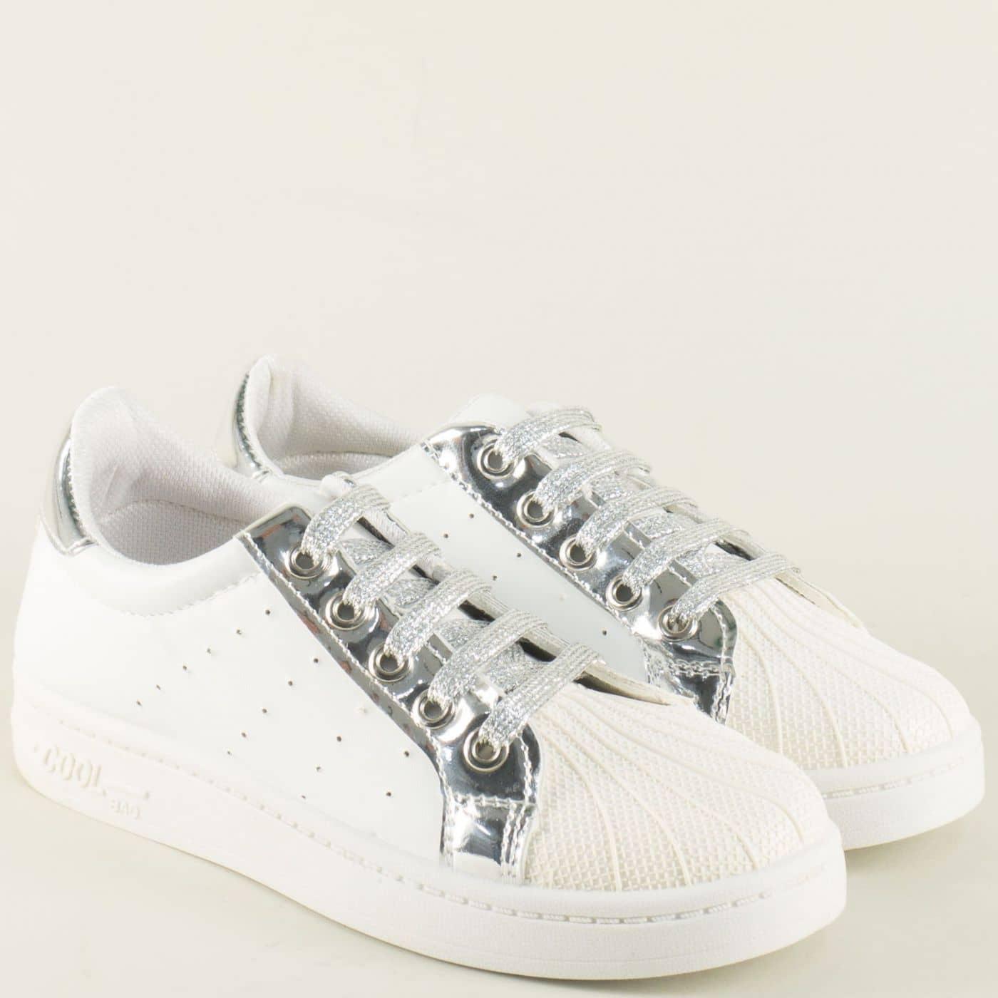 e721c8fece3 Дамски спортни обувки с връзки в бяло и сребро 308003b - Sisi-bg.com
