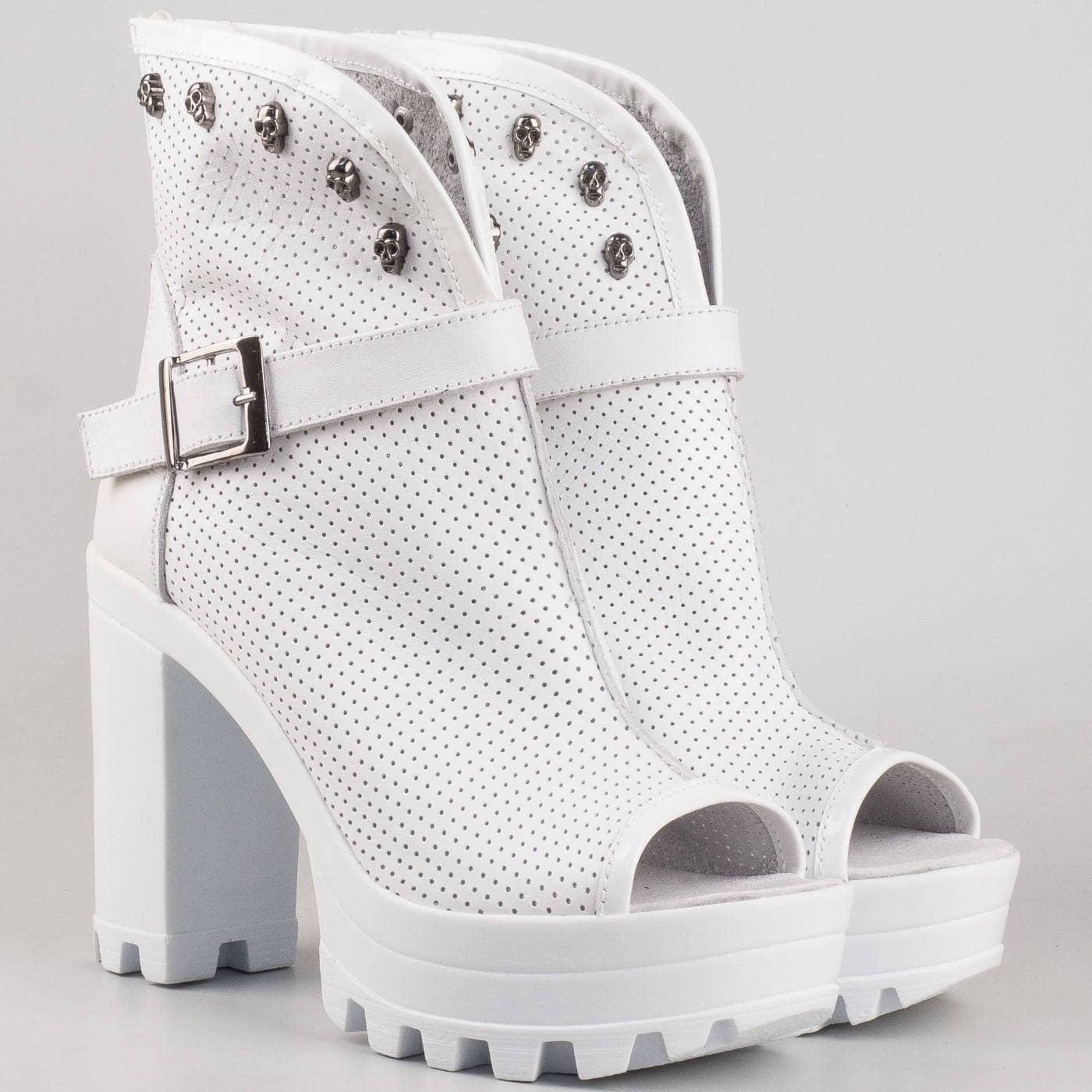 9ebdb2824d9 Дамски летни обувки произведени от 100% естествена кожа с перфорация на  български производител в бял цвят 760b - Sisi-bg.com