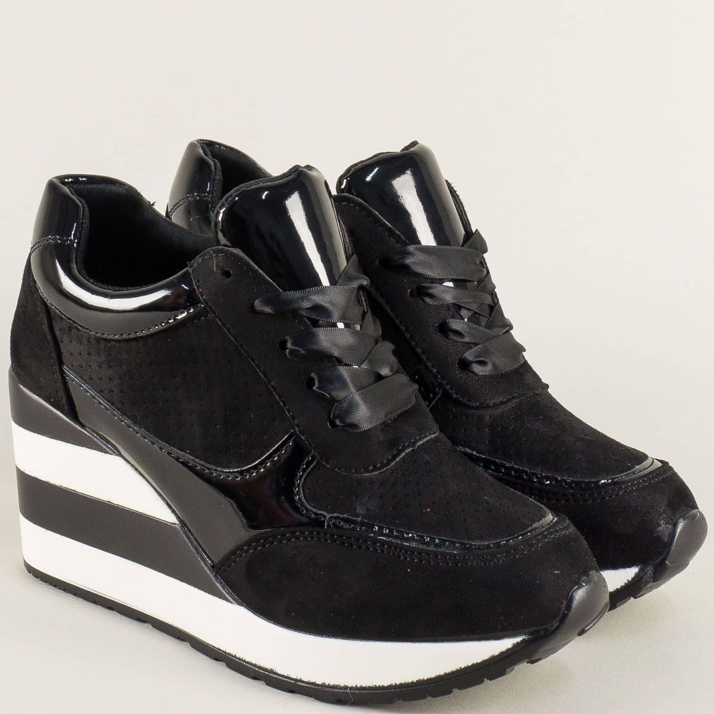 2fd6887f630 Дамски маратонки в черен цвят с връзки на платформа a151ch - Sisi-bg.com